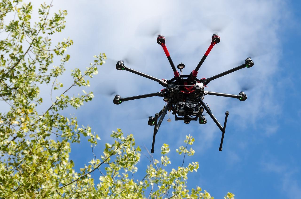 Jak wybrać drona dopasowanego do naszych potrzeb?