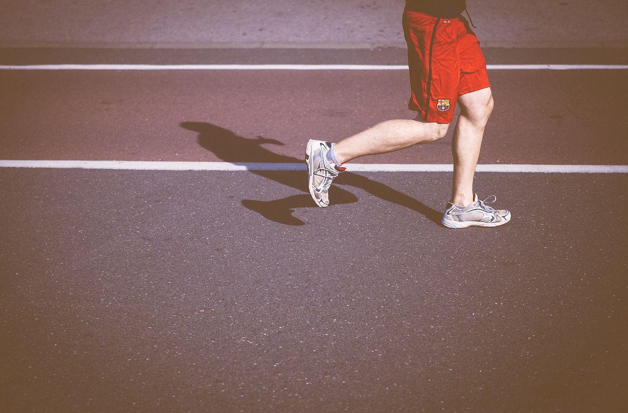 Co zrobić z dyplomami, pucharami i medalami za bieganie zdobytymi przez naszą pociechę