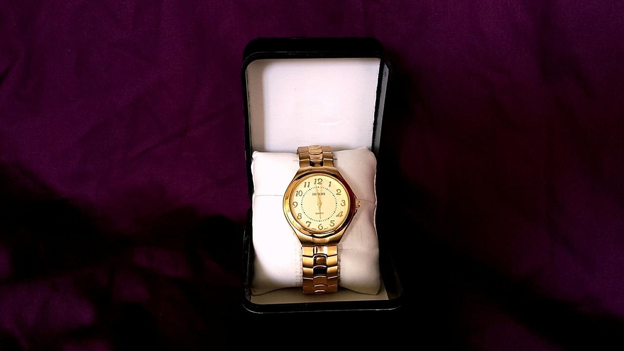 Zegarek na prezent? Bardzo dobry i trafiony pomysł na upominek