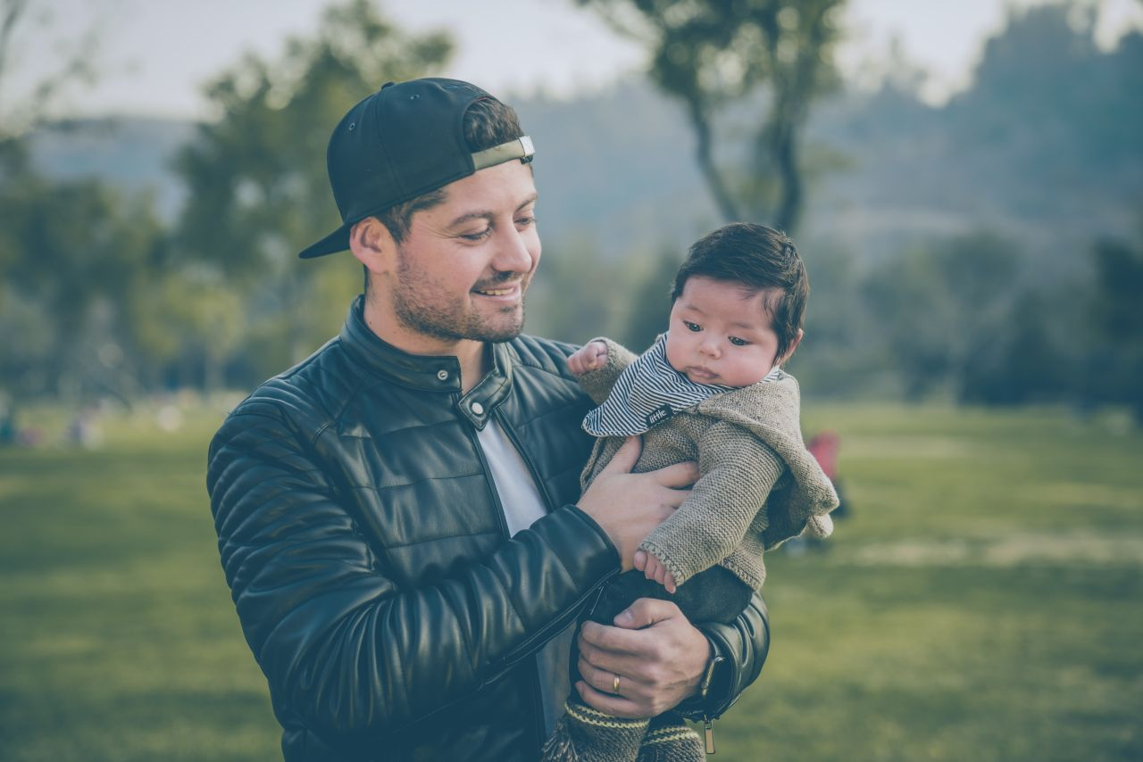 Dlaczego tak ważne jest, aby dziecko miało nakrycie głowy na dworze?