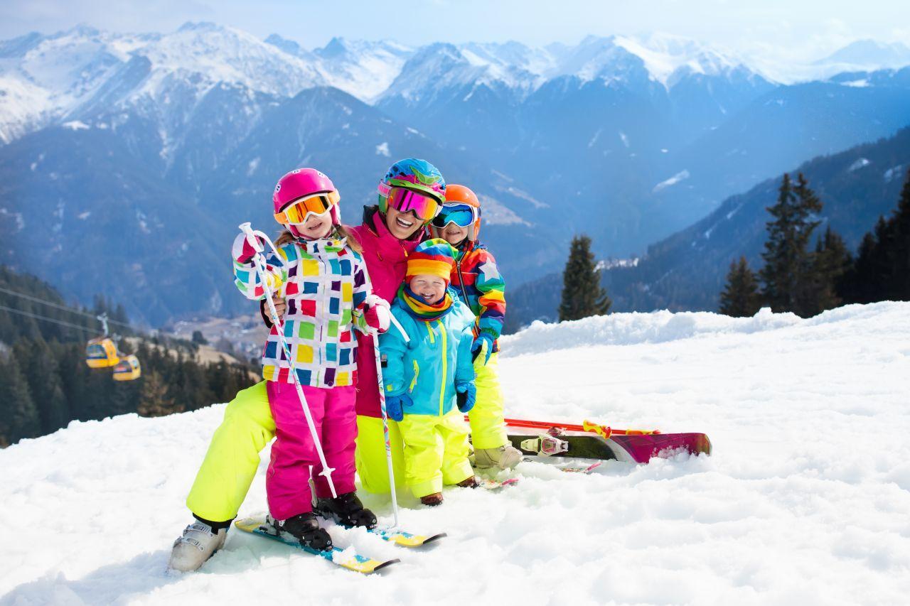 Jak zachęcić dziecko do uprawiania zimowych sportów?
