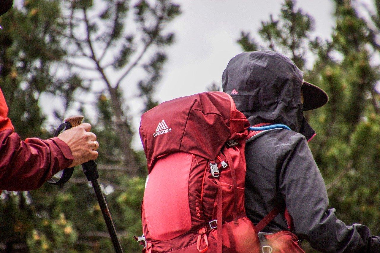 Podstawowa odzież na górskie wyprawy