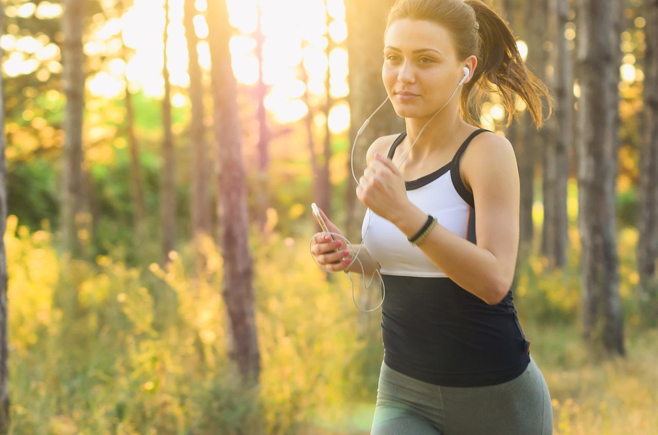 Jak skompletować strój do biegania?