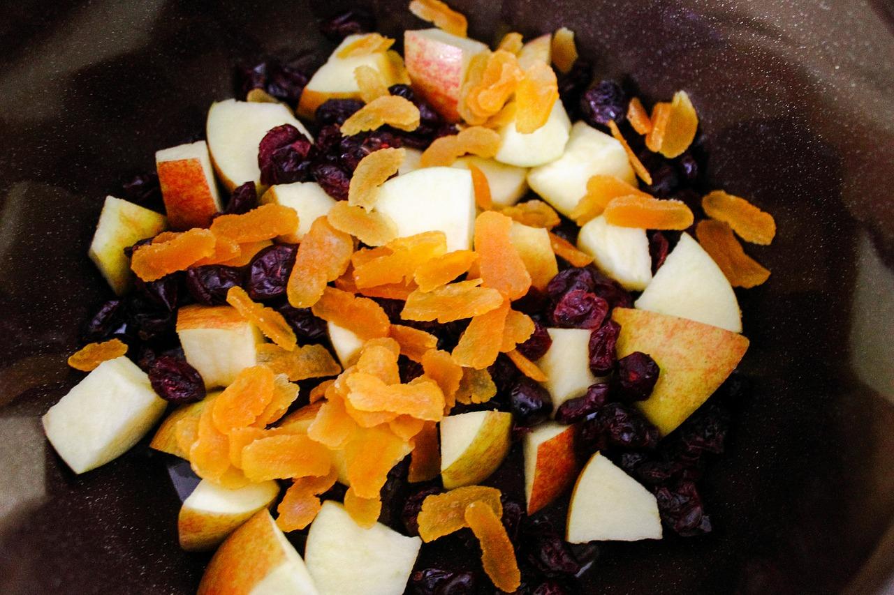 Suszone owoce, warzywa i nie tylko – co będzie potrzebne do ich przygotowania