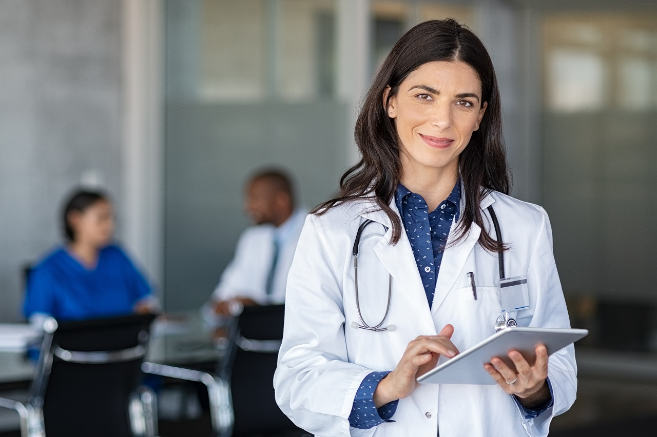 Szkolenia dla lekarzy – jakie warto wybrać?