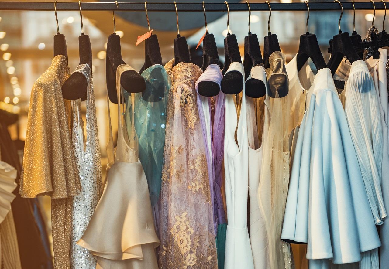 Z jakim wyprzedzeniem zakupić sukienkę na studniówkę?