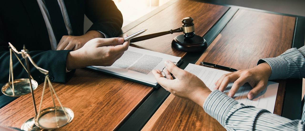 W jakich sytuacjach może być potrzebna pomoc komornika sądowego?
