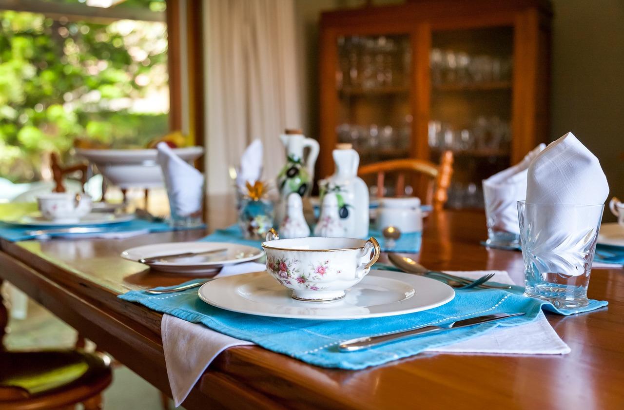 Jak odpowiednio przygotować stół wielkanocny?