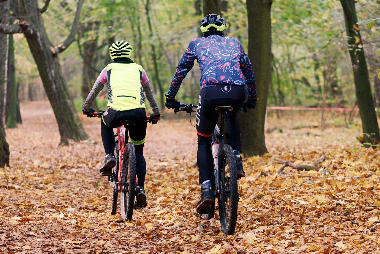 Wynajem rowerów elektrycznych – dogodne rozwiązanie na niejedną wycieczkę