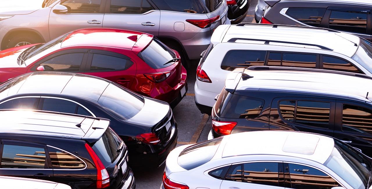 Samochód używany – gdzie go zakupić, aby nie dać się oszukać