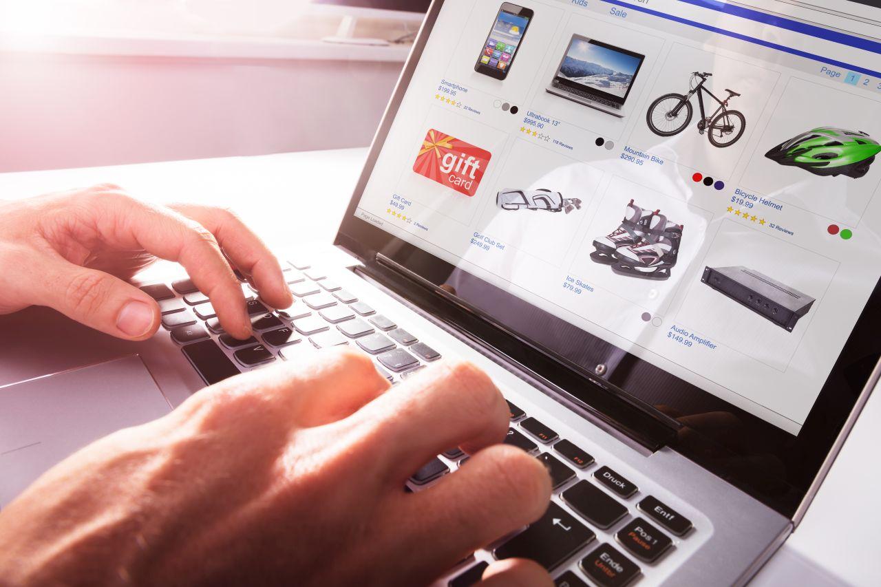Rozszerzenie działalności firmy o sprzedaż internetową – jak to zrobić?