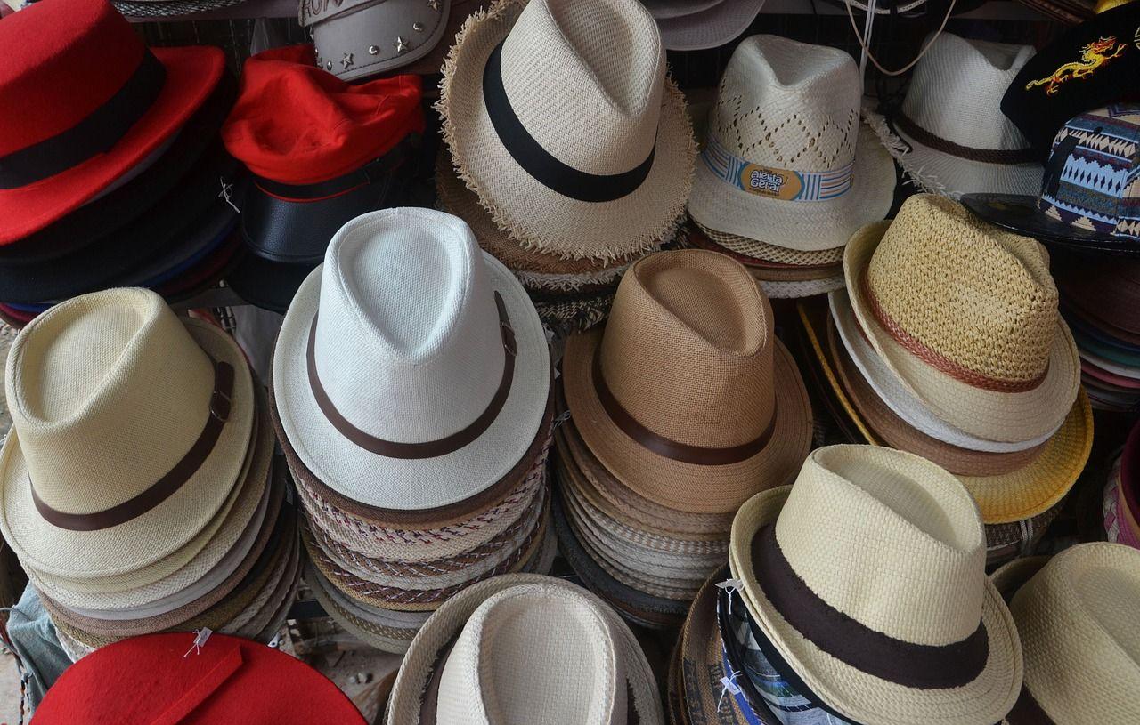 Spośród jakich czapek i kapeluszy, mężczyźni mogą wybrać odpowiedni dla siebie?