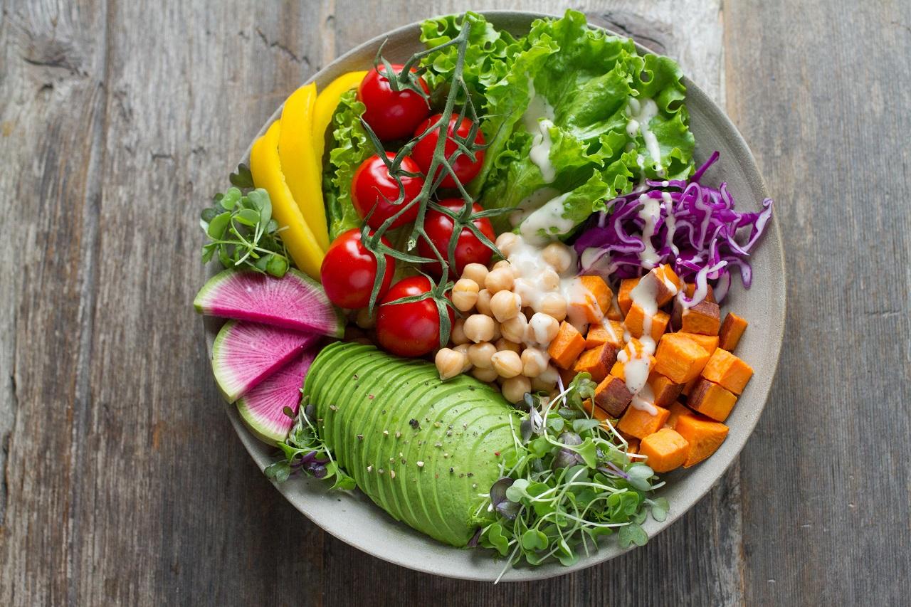 Jaki wpływ na funkcjonowanie organizmu ma zbilansowana dieta?