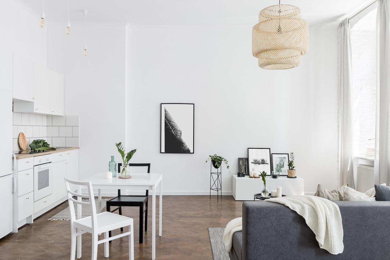 W jaki sposób zadbać o odpowiednie oświetlenie w mieszkaniu?