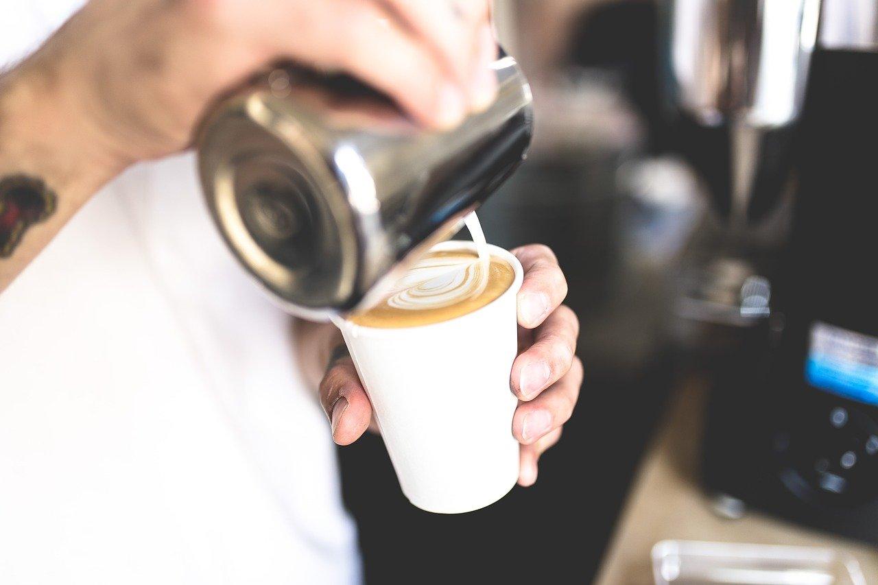 Co sprezentować amatorowi kawowych aromatów?