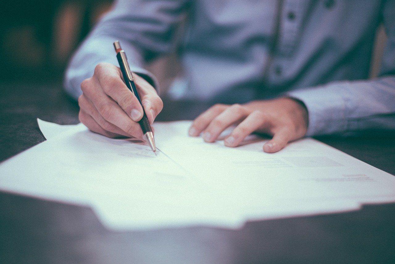 Jak rozplanować poszczególne etapy pisania pracy magisterskiej?