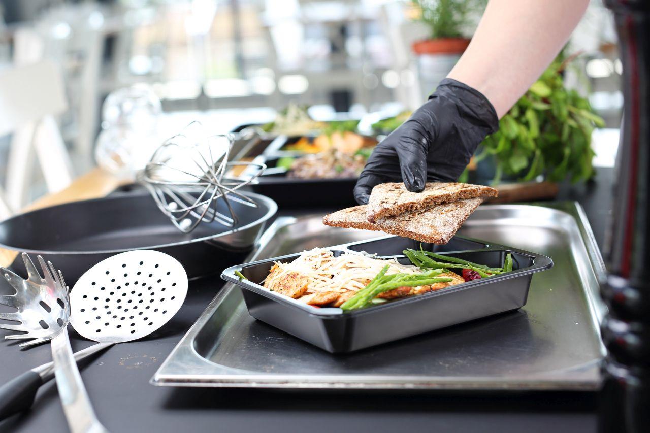 Catering dietetyczny – jak zapakować go ekologicznie?
