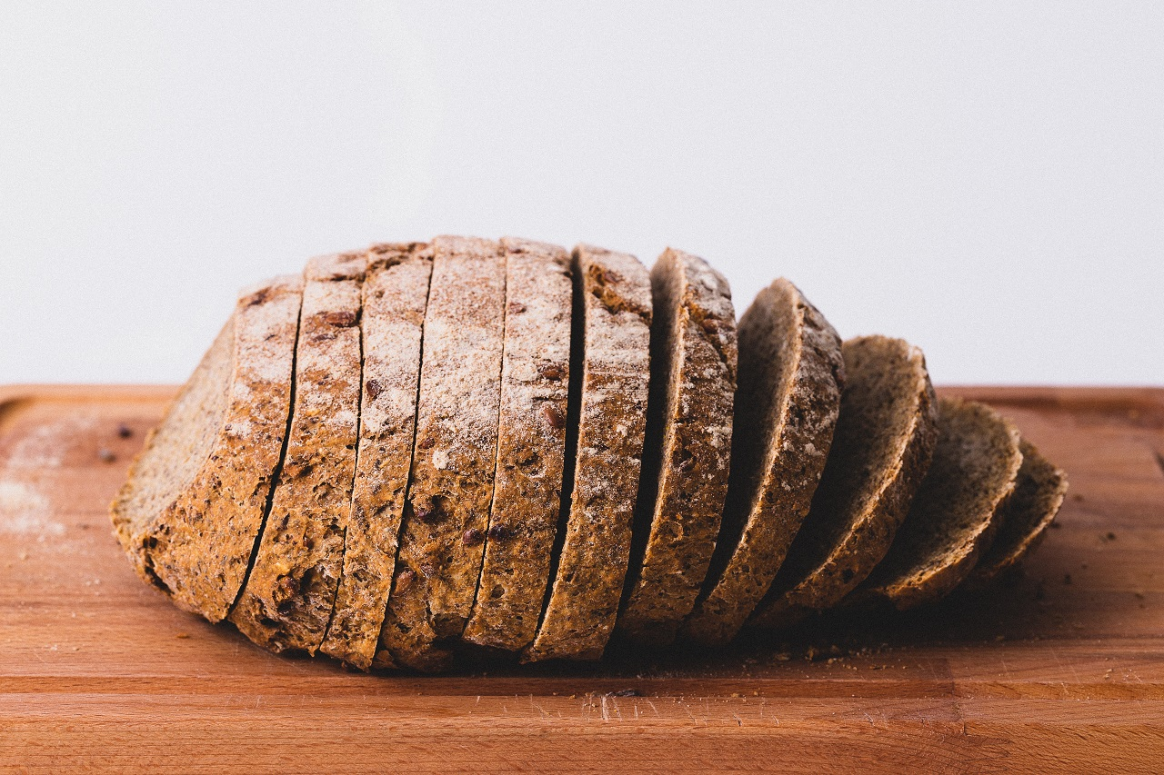 Krajalnica do chleba – czym się kierować przy zakupie?